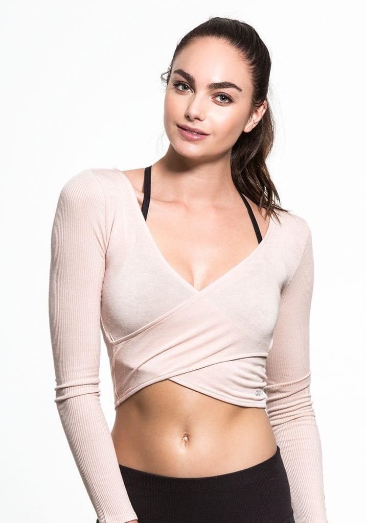 7c1b1f9fe6711 ALO Yoga Amelia Top Long Sleeve Crop Top -Sexy Yoga Top Buff ...